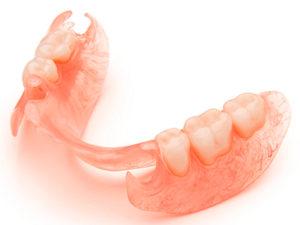 semnye-zubnye-protezy-4